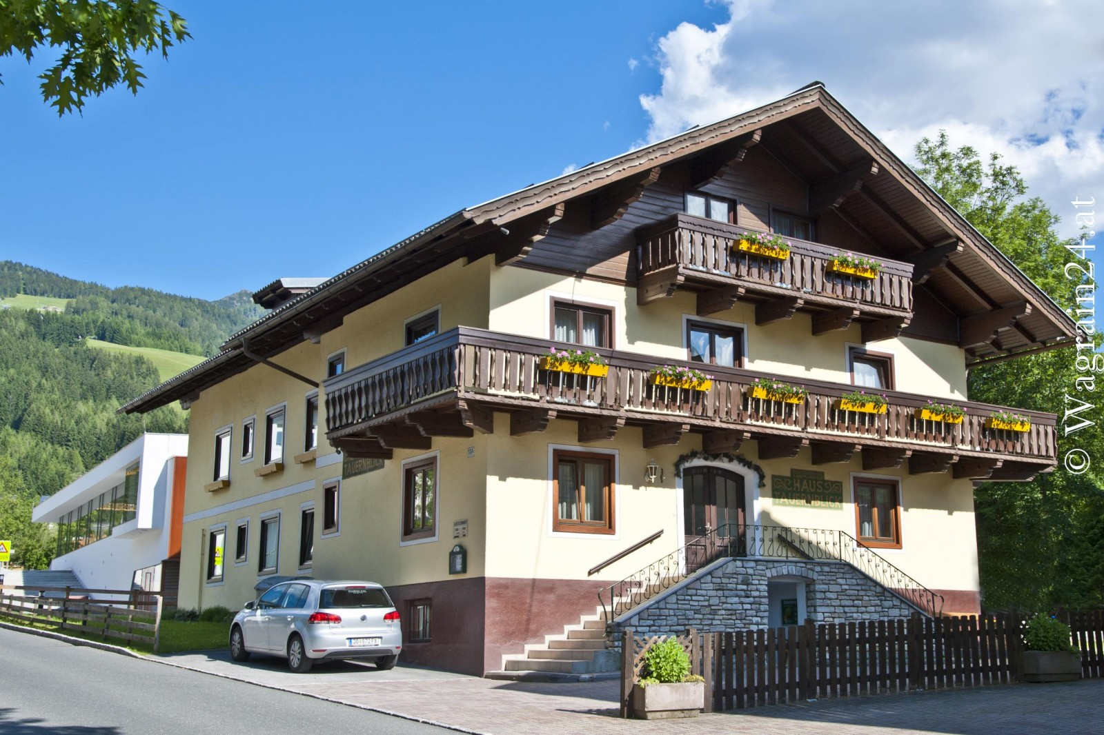 Pension tauernblick in wagrain sommer 1 haus tauernblick for Haus foto